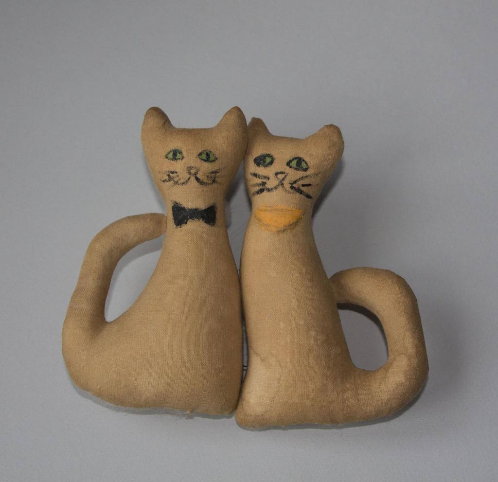 Виды текстильных кукол. Кофейные котики